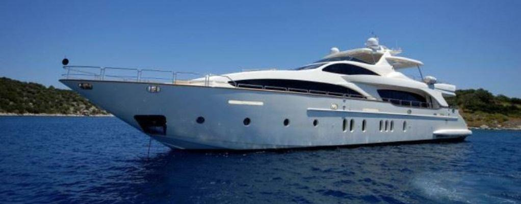 motor yacht mobile
